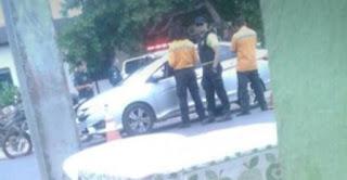 Mulher é presa por foto de blitz em grupo de WhatsApp