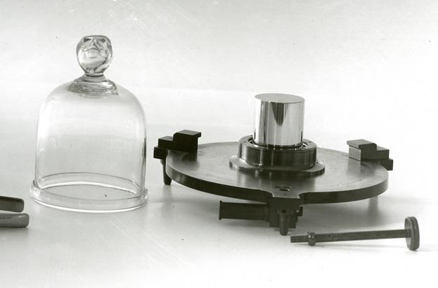 kilogram standar platina iridium sevres prancis