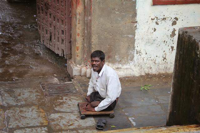 Los amputados. Bitrix Udaipur-India 2011 - Sabíamos a los que nos arriesgábamos - Beatriz Tello