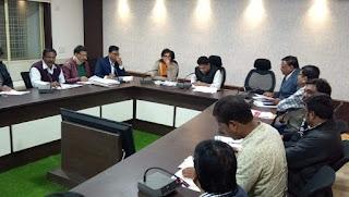 कलेक्टर ने की जय किसान फसल ऋण माफी योजना की समीक्षा