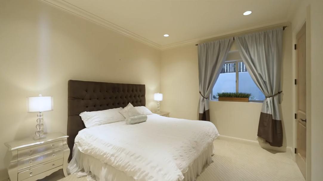 47 Interior Design Photos vs. 5462 Hyada Blvd NE, Tacoma, WA Luxury Home Tour