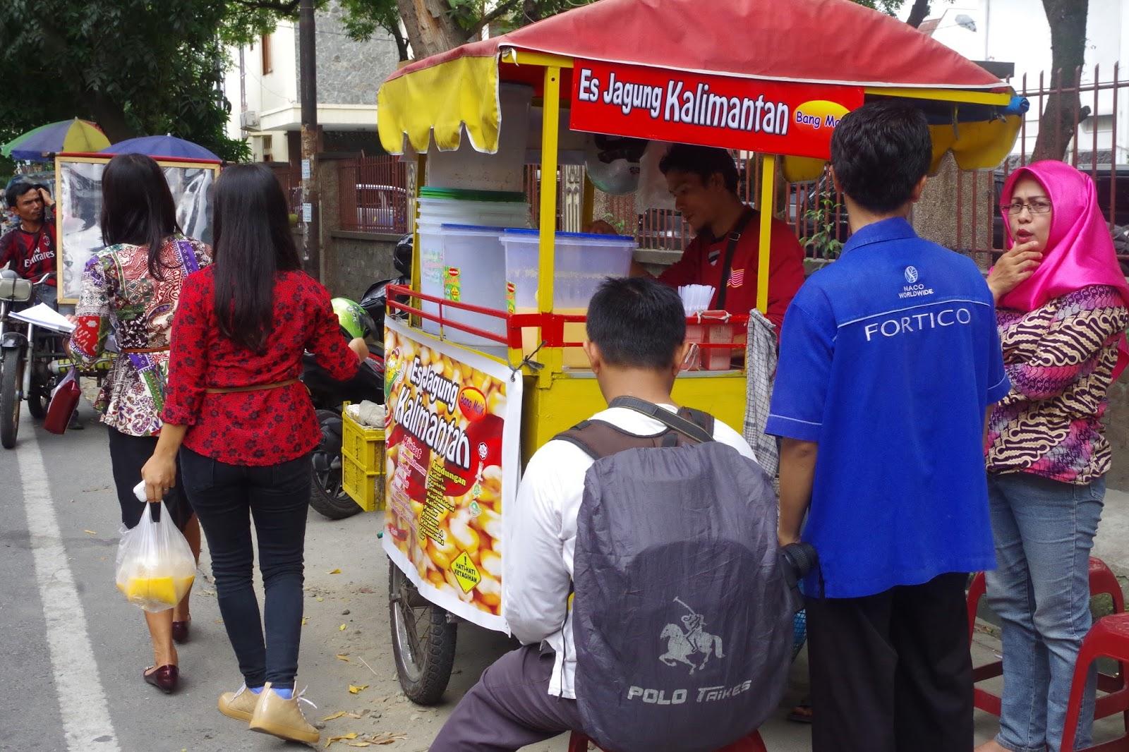 Es Jagung Kalimantan Bang Malik Minuman Paling Di Gandrungi Produk Ukm Bumn Keset Our House Kalau Kelen Mau Beli Jangan Lewat Dari Jam 2 Siang Karena Udah Itu Jagungnya Ludess
