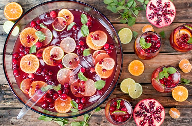 Christmas Day Punch #drink #party #christmas #cocktail #sangria