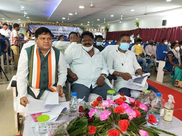 """CM कार्यक्रम : """"गांव,गरीब,महिला,किसानों"""" की मुस्कान,जशपुर की पहचान,""""जशपुर के लोगों का आत्म विश्वास"""" देख गदगद हुए """" CM भूपेश """" प्रभारी मंत्री ने """"मुख्यमंत्री"""" को दी """"चेतक"""" की उपाधि,संसदीय सचिव समेत जशपुर विधायक ने मुख्यमंत्री को दिया """"धन्यवाद"""""""