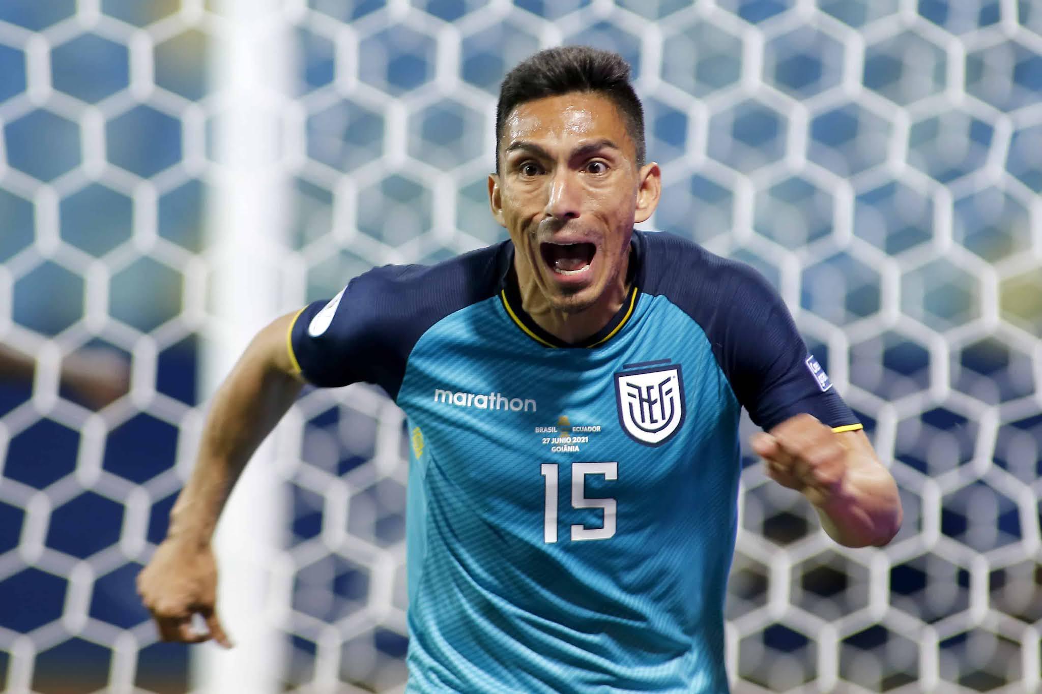 Alfaro lo hizo posible y Ecuador se clasificó a cuartos de final tras empatar con Brasil