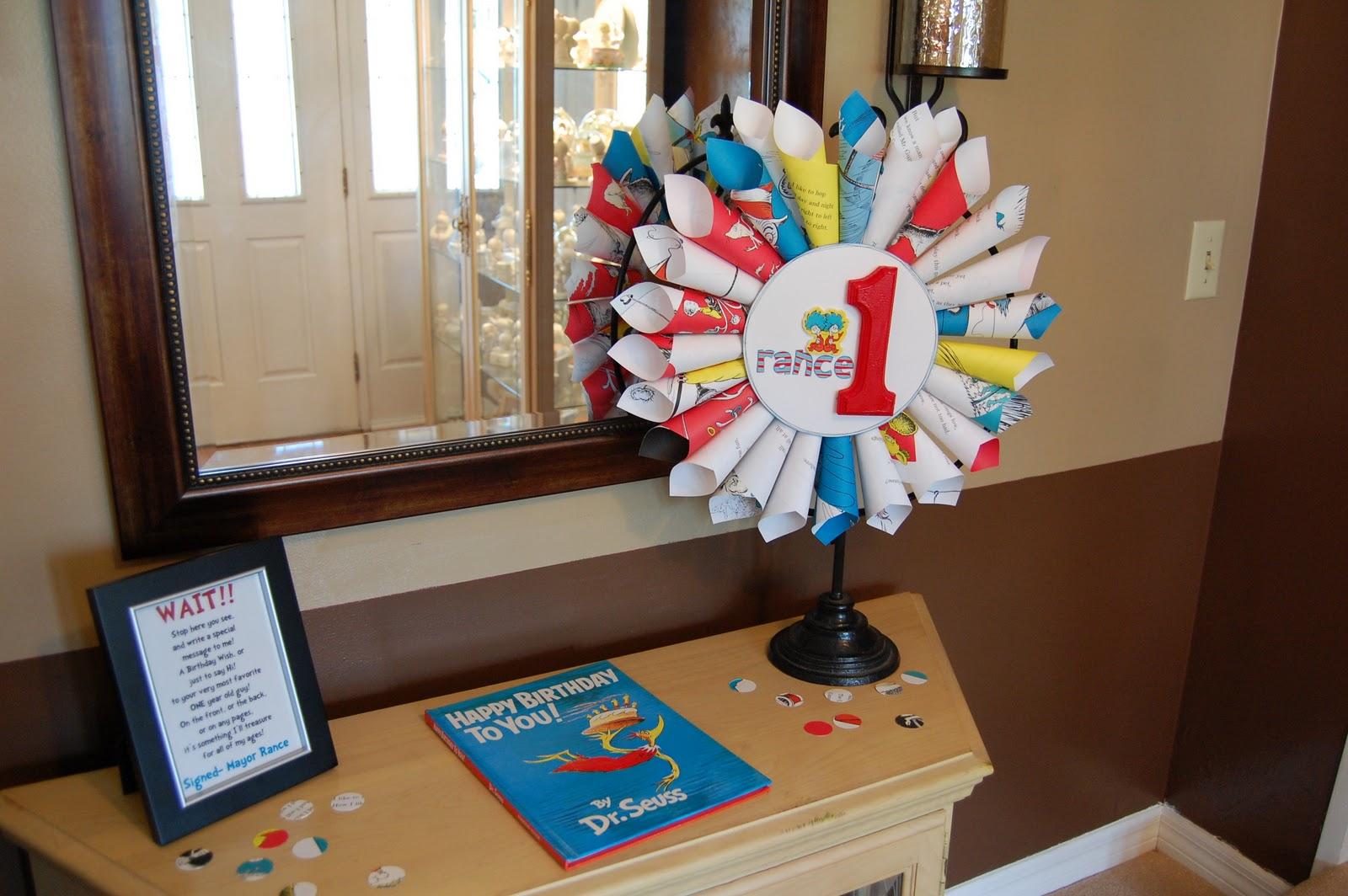 kristy.makes: dr. seuss birthday: decorations