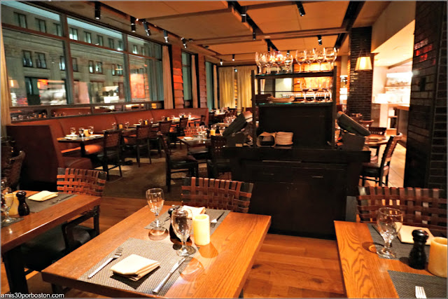 Restaurante Post 390 en Boston: Primera Planta