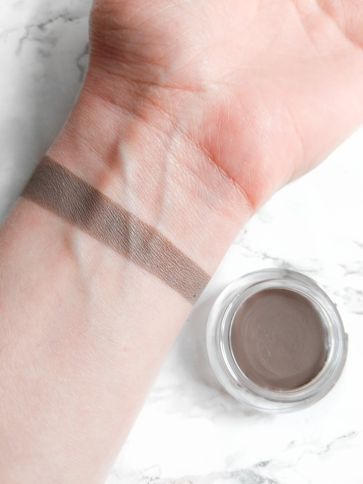 Image of Trinny London Cheekbones Contour Swatch in shade Kate