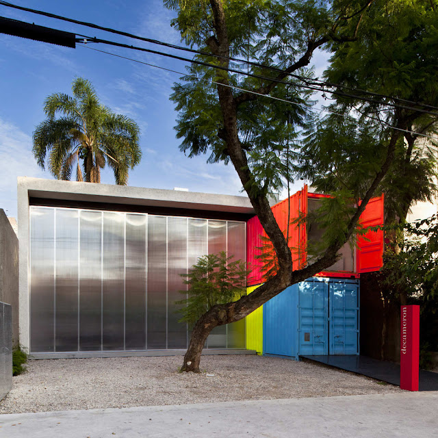 Decameron - Low Budget Colorful Shipping Container Store, Brazil 17