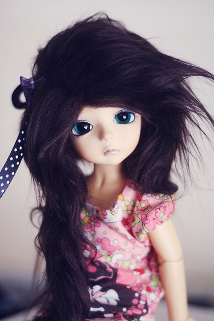 Cute Doll Wallpaper For Dp Happy Flying Bonecas Diferentes