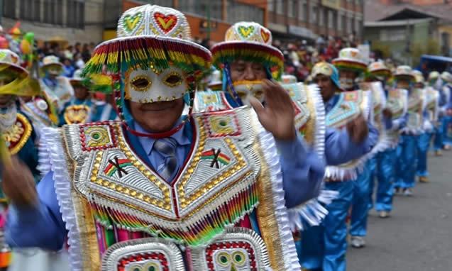 Folkloristas celebran declaratoria del Gran Poder como patrimonio de la humanidad