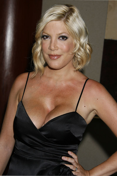 Tori Spelling Twitter  World In Fashion