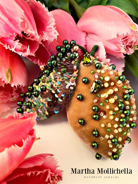Martha Mollichella Handmade Jewelry Brooch