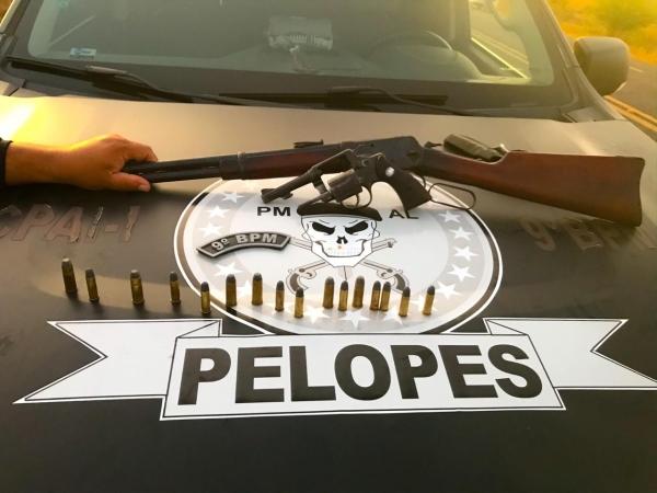 Em Canapi, idoso de 77 anos é preso  por porte ilegal de arma de  fogo e munições