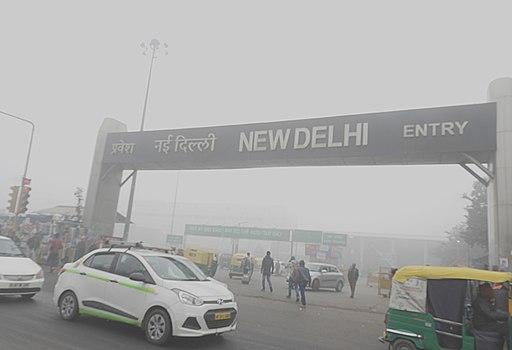 Delhi AQI Crosses Extreme Level: Are Delhiites Prepared for New Norms?