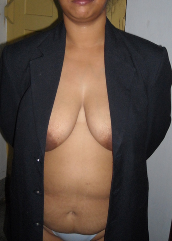 Sexy navel show nude tits big Indian officer