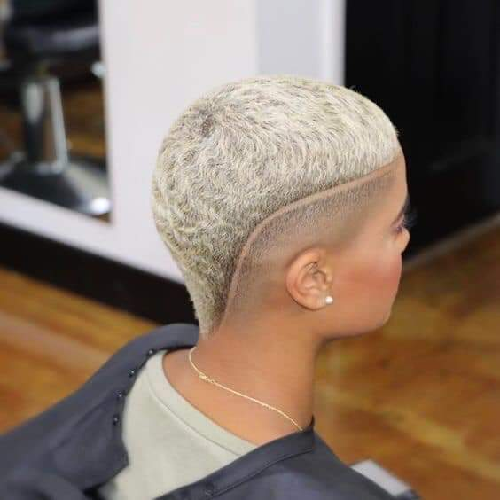 Stunning Natural Short Haircut Styles for Women