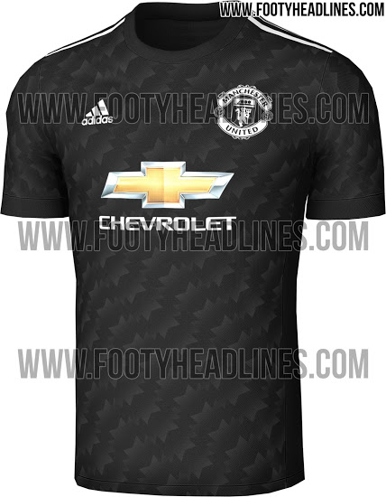 El patrón icónico de todo de la camiseta de los años 90 renace de una  manera más sutil y sofisticada para la camiseta ausente Manchester United  2017-2018. bb7d77909a544