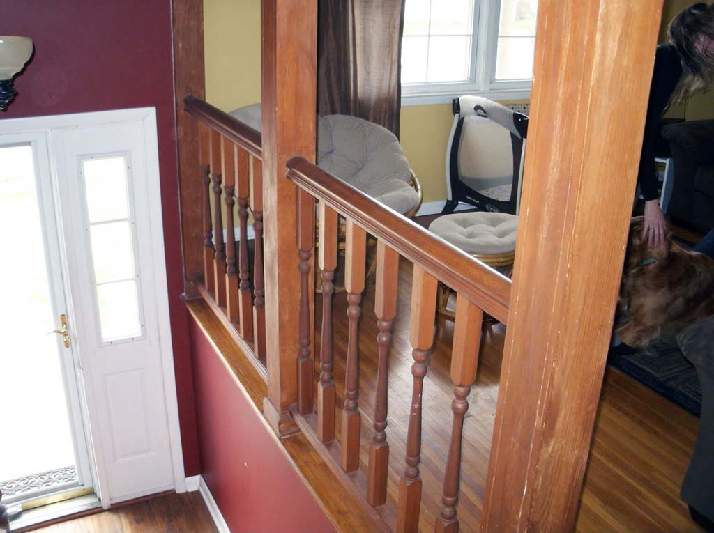 The Numerous Stair Railing Ideas for Your Home Designs ...