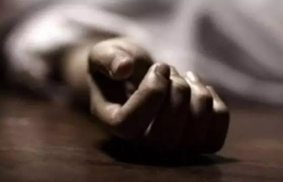 On the occasion of Eid-ul-Adha, the father killed his wife in front of the children