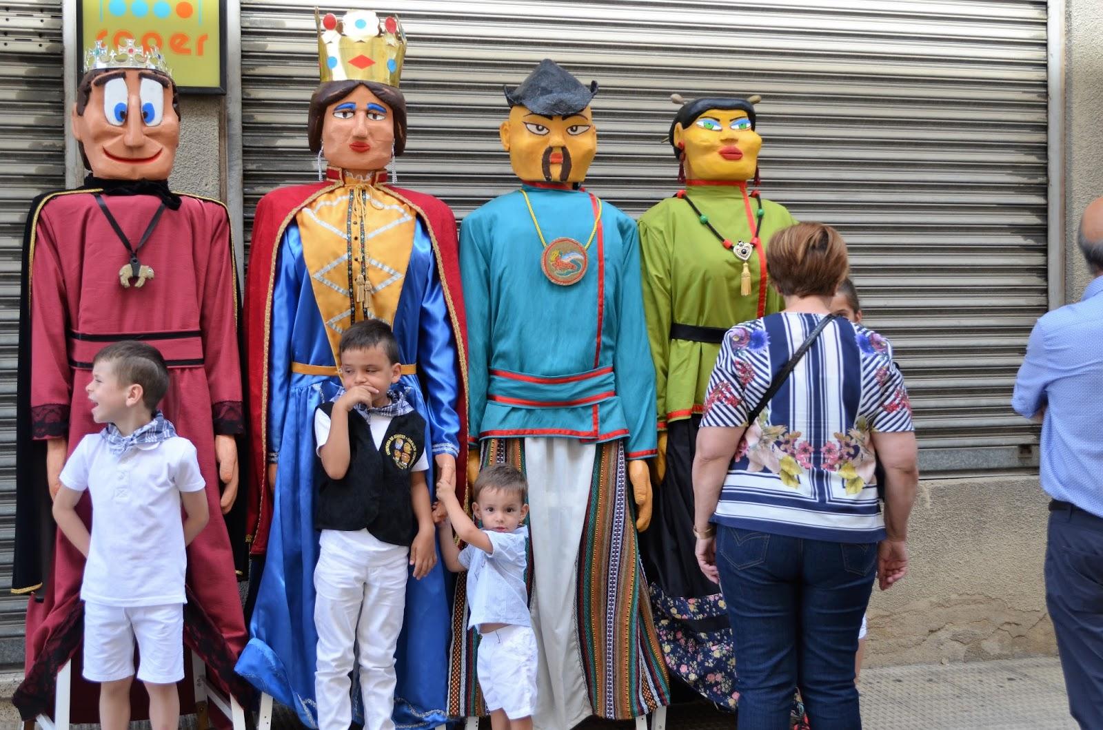 cosasdeantonio: Gigantes de Asier Marco - Fiestas de la Panueva