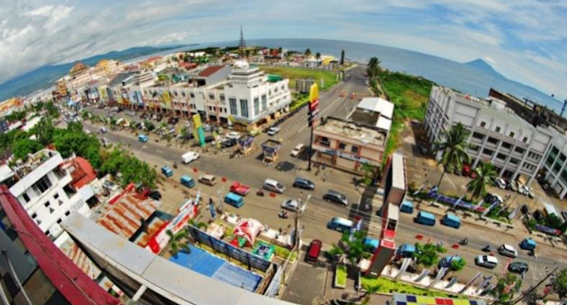 Tempat%2BWisata%2BTerbaik%2Bdi%2BManado%2BWisata%2BKuliner%2BKawasan%2BBoulevard Inilah 20 Tempat Wisata Terbaik di Manado yang Kami Rekomendasikan Untuk Anda