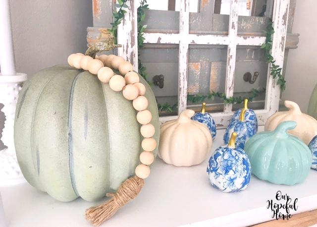 fall autumn mantel decor pumpkins farmhouse bead garland