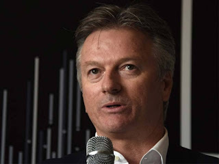 50-50-chances-in-ashes-steve-waugh