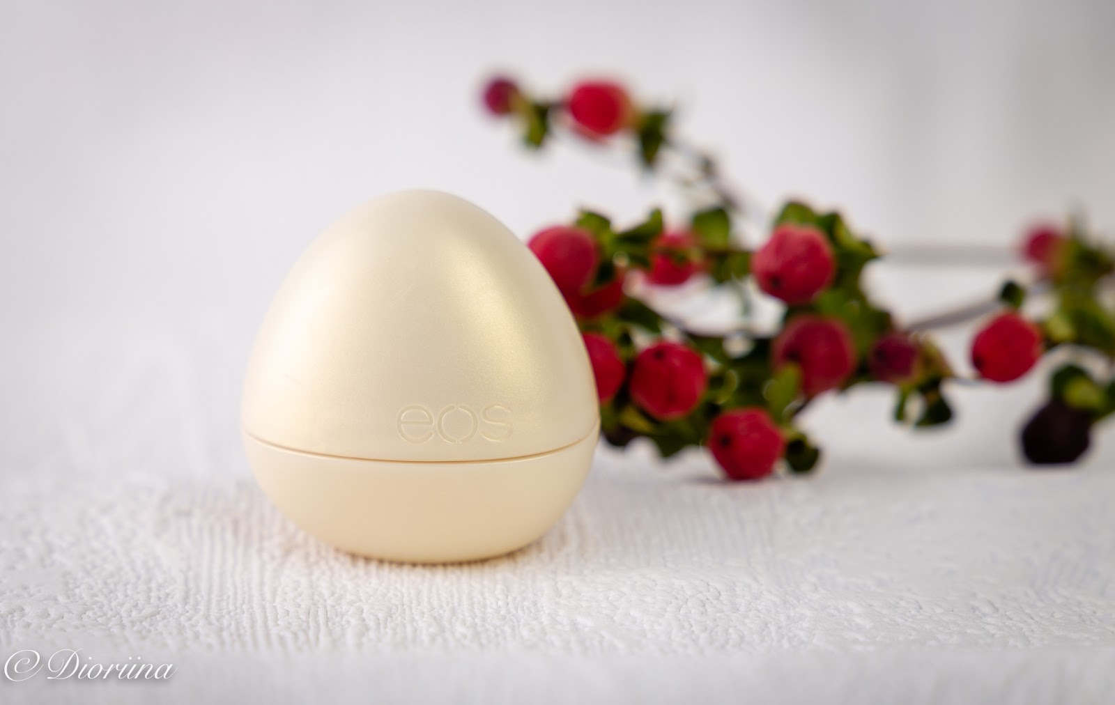 munanmuotoinen rasia