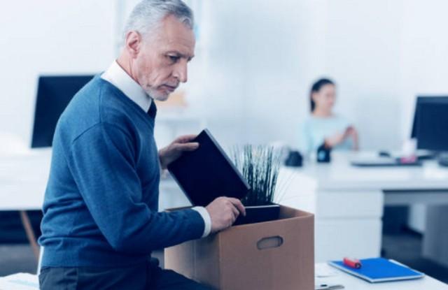 Penyesalan Tidak Mulai Berbisnis di Saat Muda;Alasan Tidak Berani Memulai Bisnis;