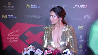 Deepika Padukone Promoting   Return of Xander Cage in India in Golde Gown 05 .xyz.jpg