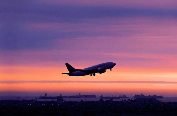 Extienden suspensión de vuelos de destinos con más de ocho horas de viaje