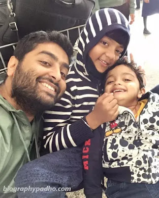 Arijit Singh Children Photo
