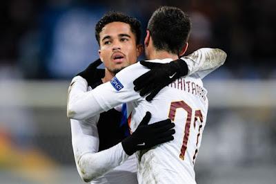 Roma quyết giành Mkhitaryan, Kluivert tới Arsenal?
