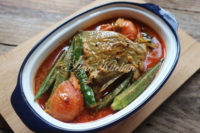 Kari Ikan Bawal Azie Kitchen
