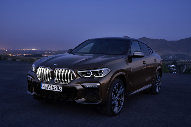 2021 BMW X6 Review