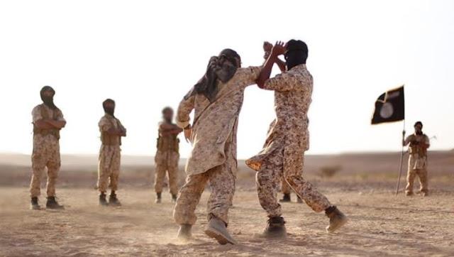 Terroristas de Daesh llevan uniformes 'Made in Spain'