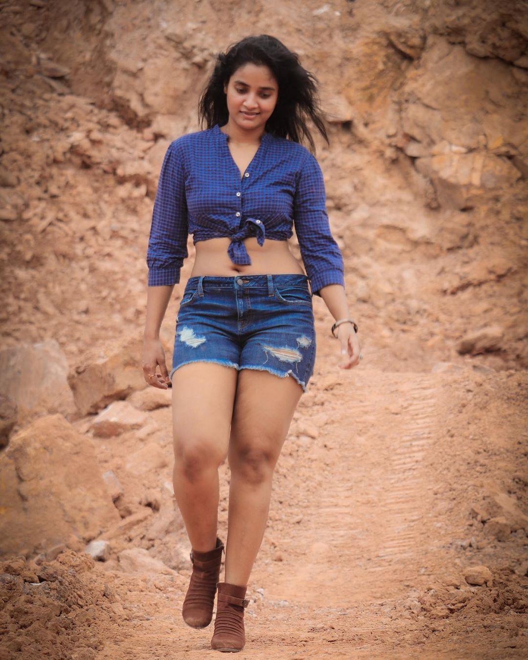 Soumya Shetty Hot Photos