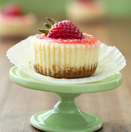 Mini Cheesecakes  Cupcakes #mini #desserts #healthyrecipes #cakes #cheese