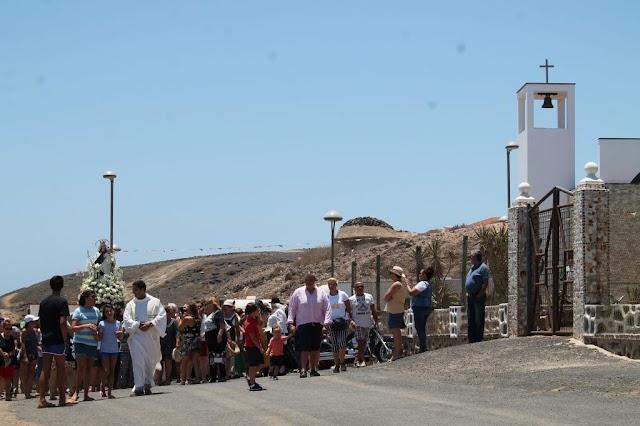 Fuerteventura.- Las Salinas suspende temporalmente actos festivos previstos para hoy martes por fallecimiento de vecino