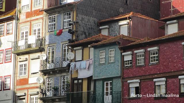 Kaupunkinäkymiä Porto Portugali