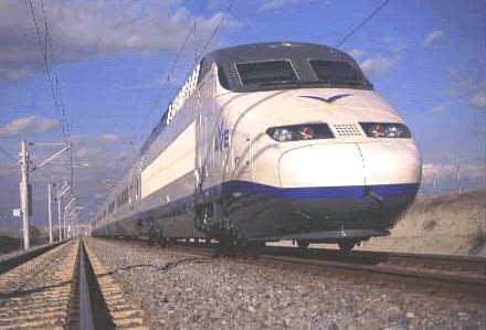 La Xunta defiende la «conexión más rápida» para el tren de Vigo a Madrid