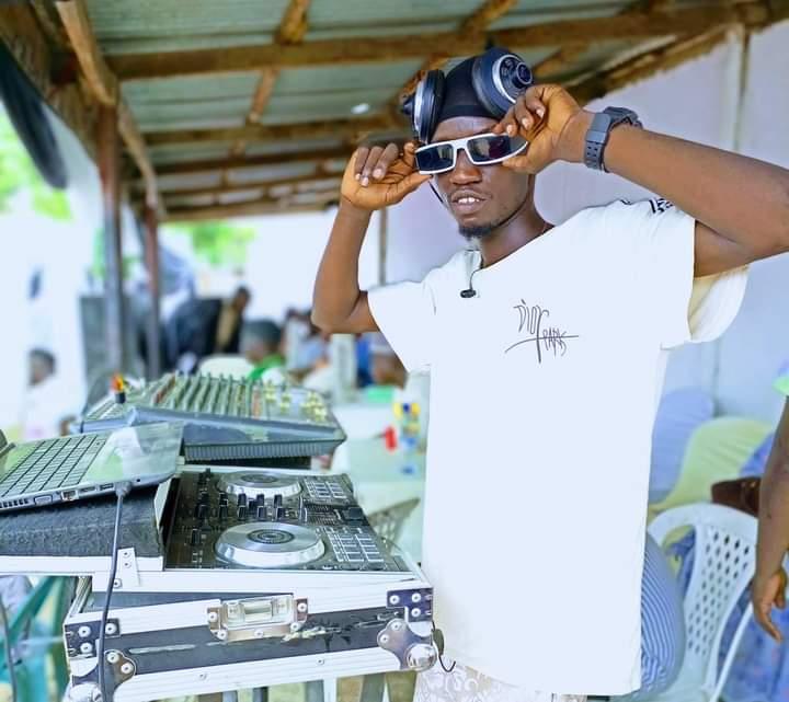 [DJ biography] Full Biography of DJ Eddy Mixking - all about DJ Eddy mixking #Arewapublisize
