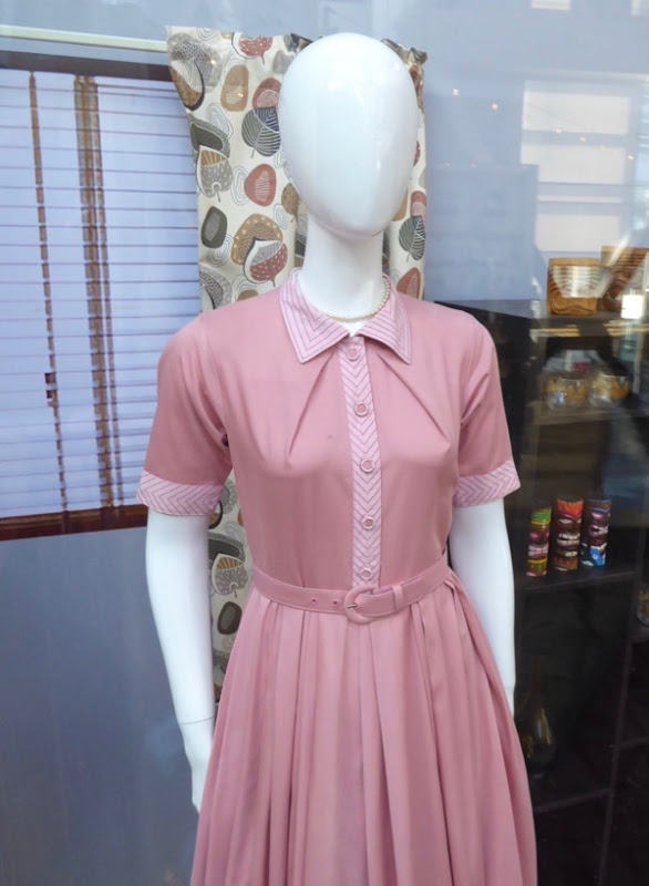 Margaret Lodge Suburbicon film costume