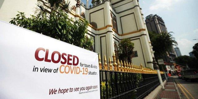 Revisi PPKM Darurat: Masjid Tak Ditutup, Sholat Berjamaah Dilarang