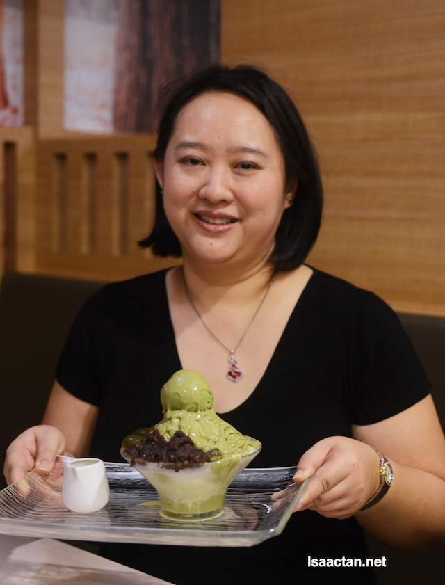 Ms Yeap Hong Lee, owner of Harumi 23 with the delectable Matcha Kakigori dessert