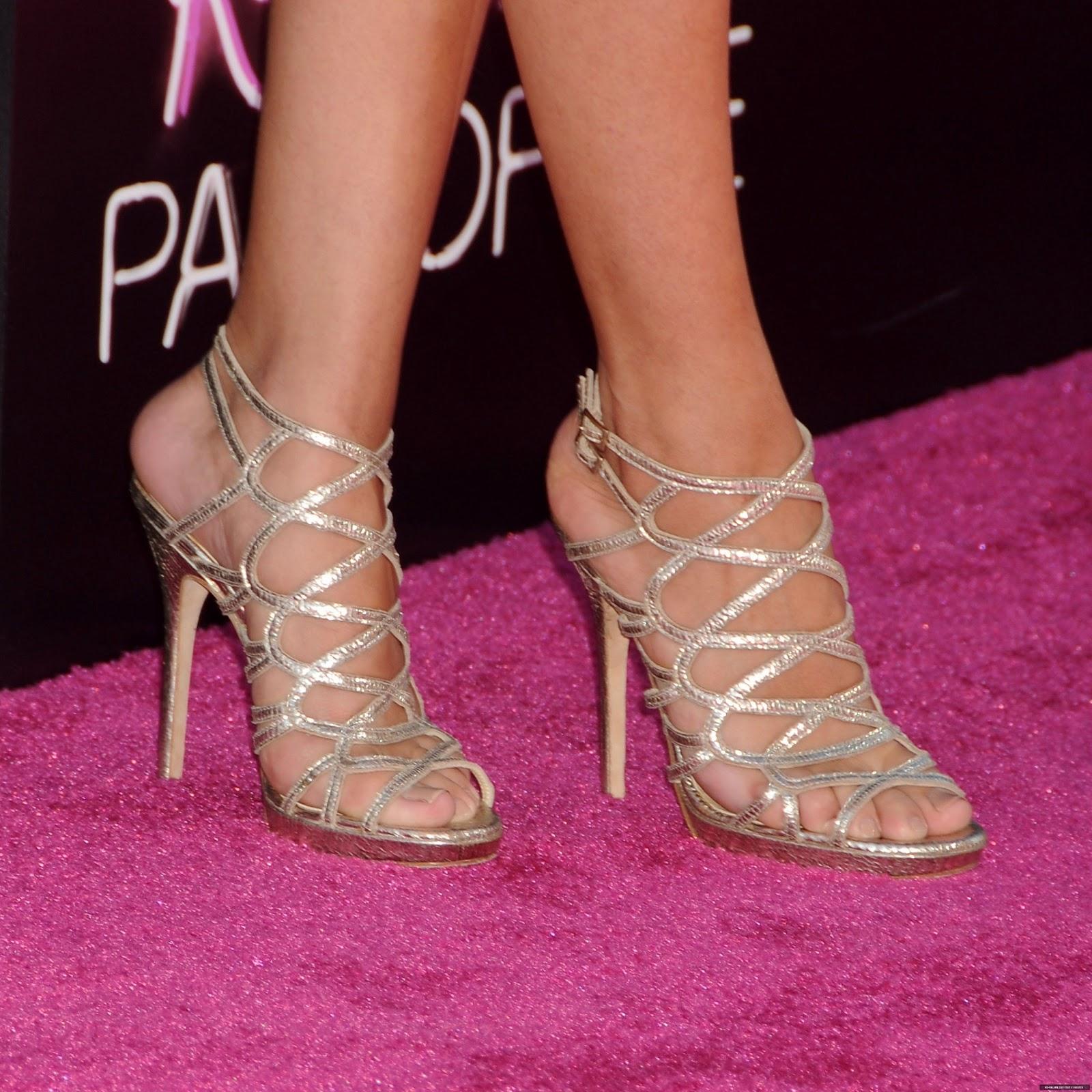 Selena Gomez Hd Feet Photos Sexy Feet Capture - Celebrity -5077