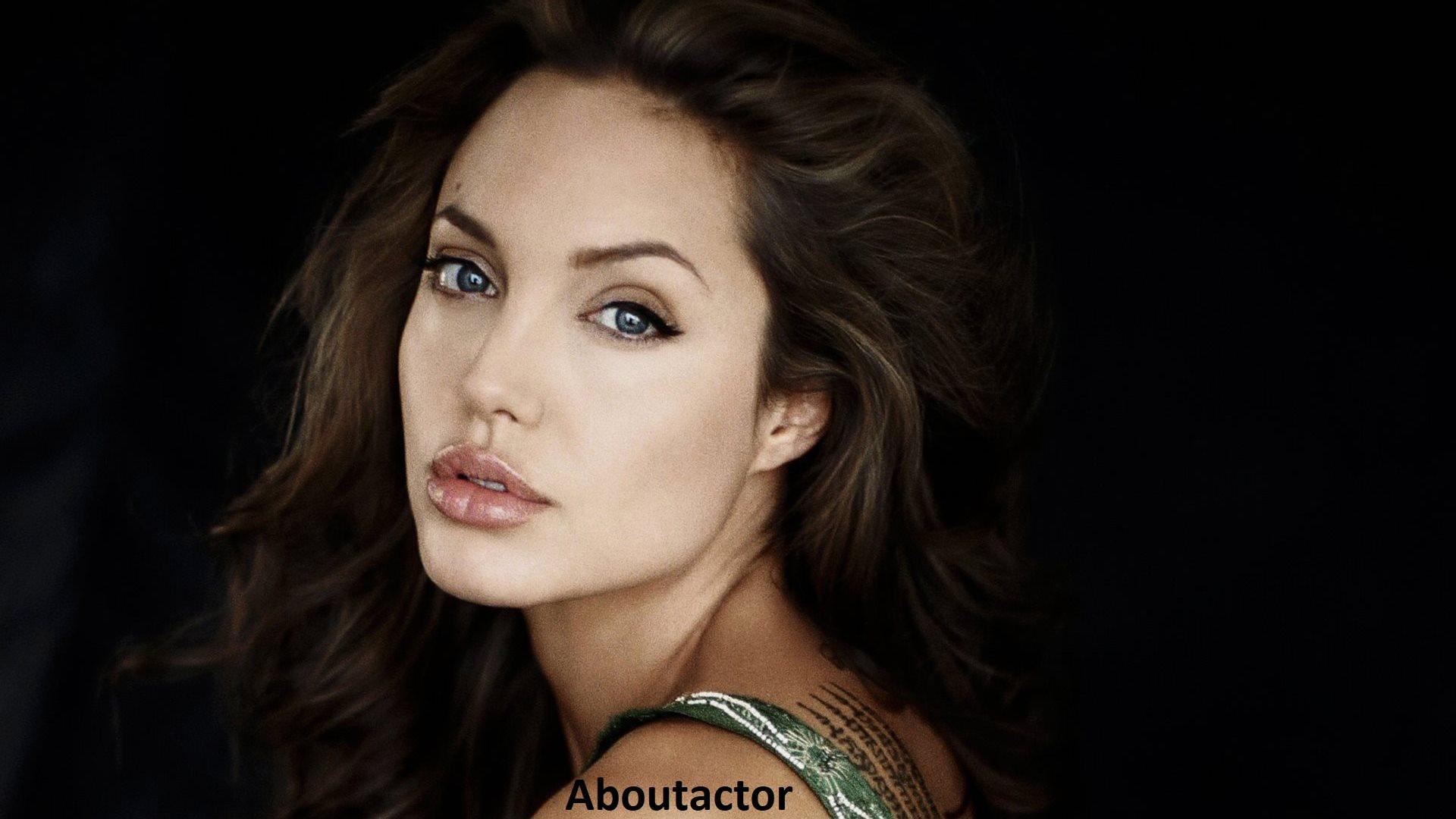 Angelina Jolie Side Look