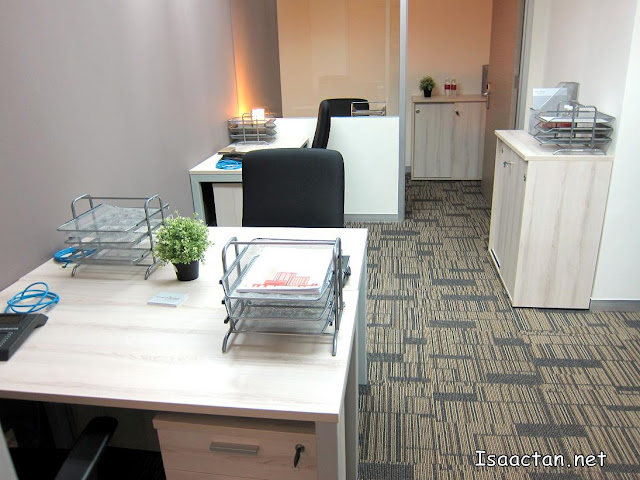 Another one of the larger offices with up to 5 workstations at The Nomad Offices