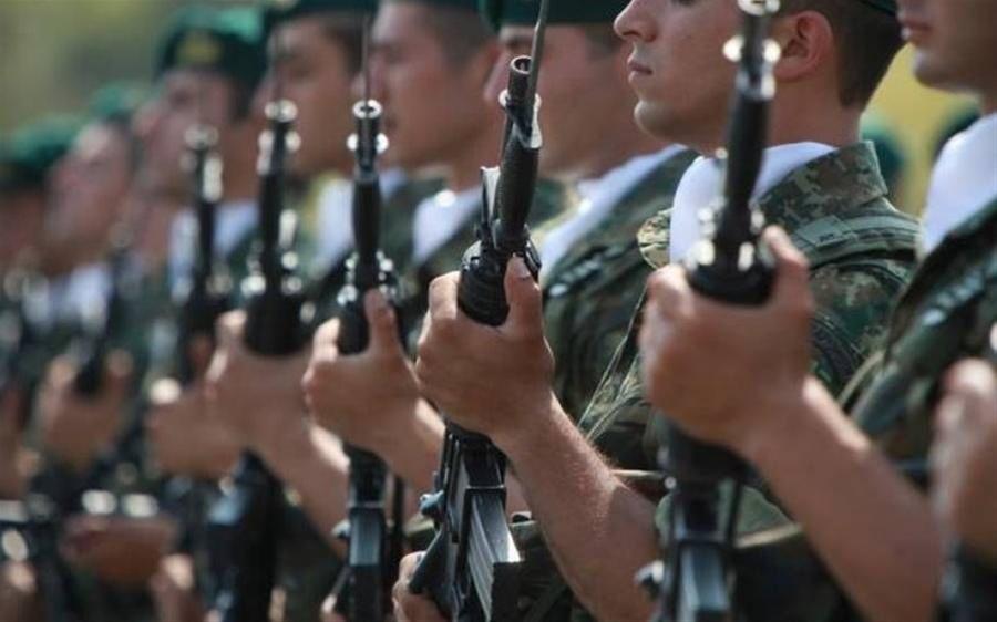 Στρατιωτική θητεία: Προς αύξηση σε 12 μήνες από τον Μάιο